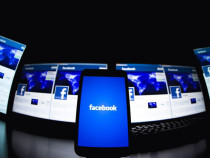 Eyeing TV Budgets, Facebook Takes Its Ad Service to Apple TV, Roku